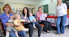 Majka voditeljica Grupe za potporu dojenju
