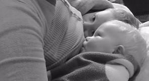 Troje djece i dvije priče o dojenju